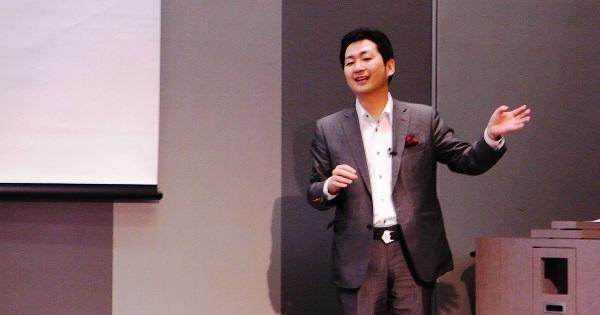 「東京から地方に移る人が増えれば生産性向上につながる」と飯田泰之先生は語る